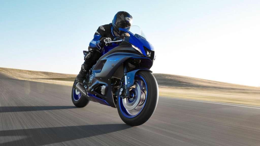 Yamaha R7 002_03_preview
