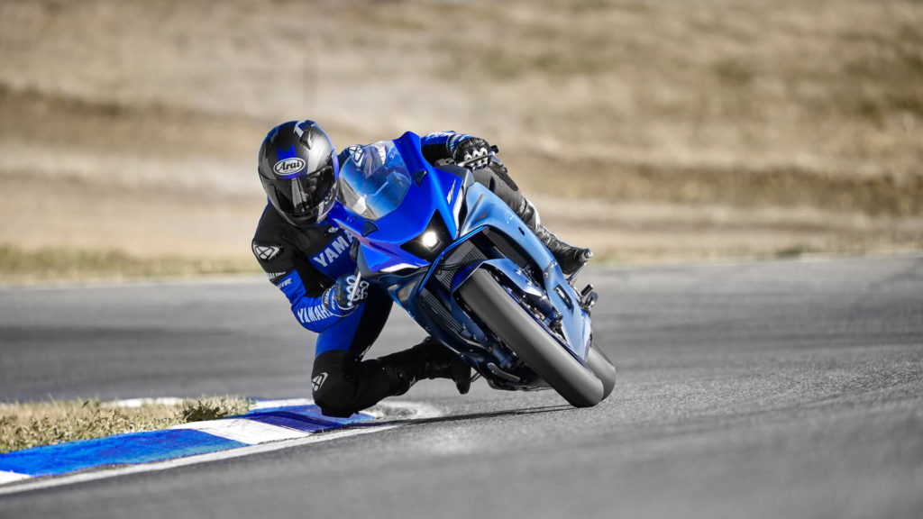 Yamaha R7 005_03_preview