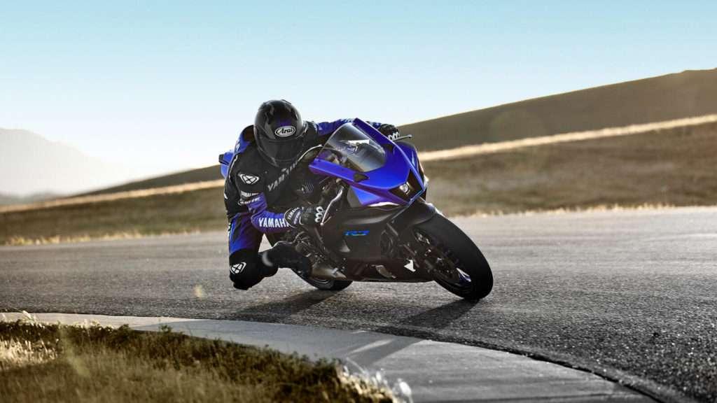 Yamaha R7 007_03_preview