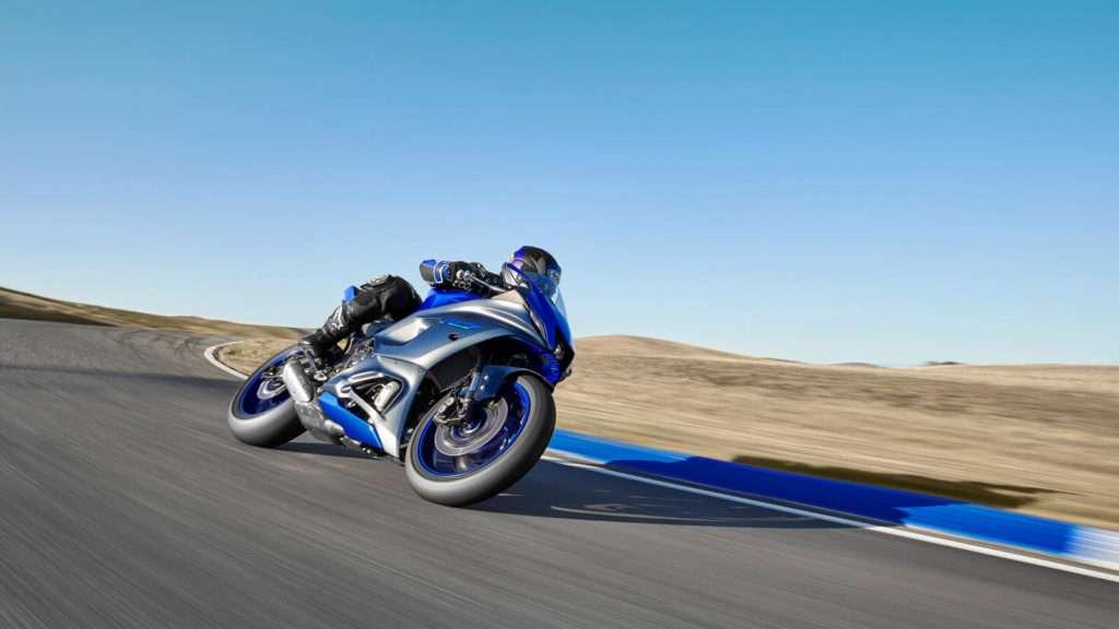 Yamaha R7 008_03_preview