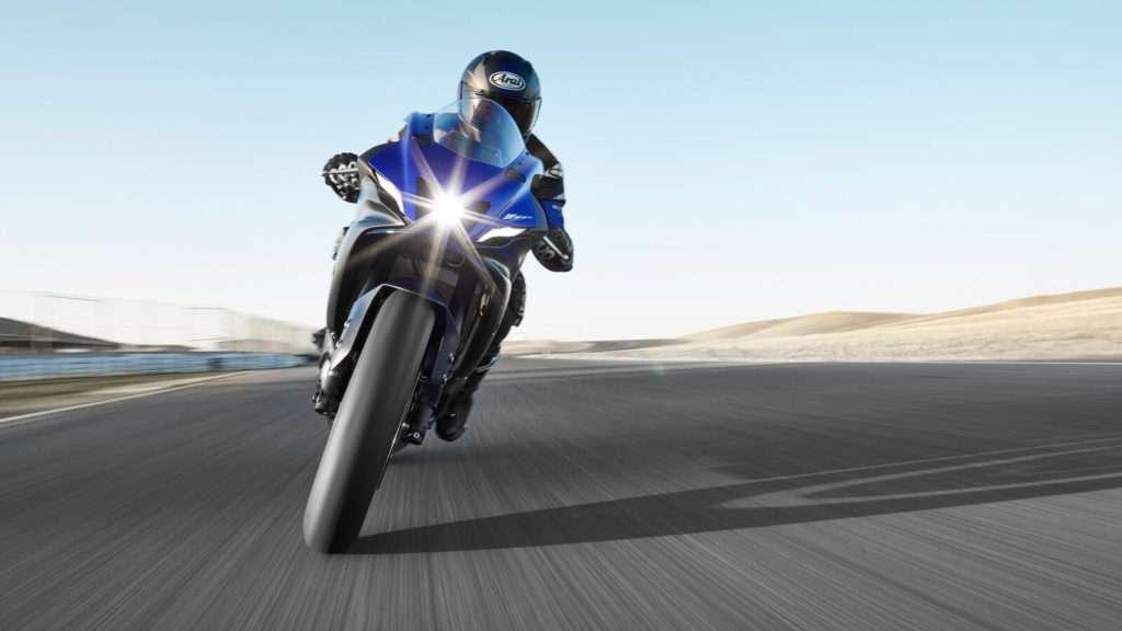 Yamaha R7 012_03_preview