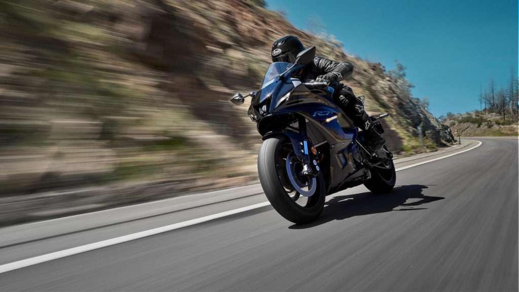 Yamaha R7 ACT_002_03_preview