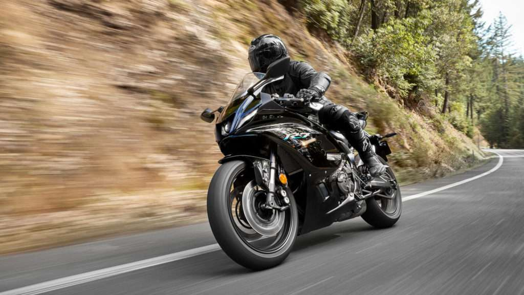 Yamaha R7 ACT_005_03_preview