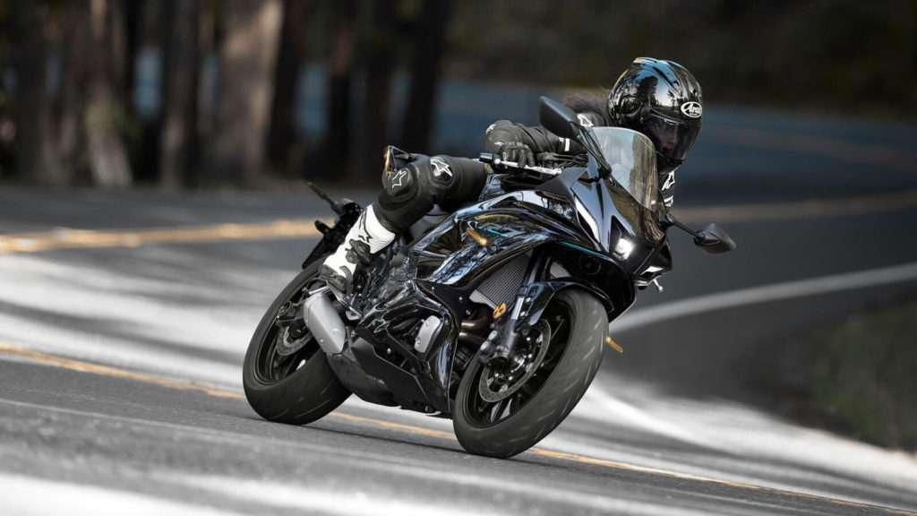 Yamaha R7 ACT_007_03_preview