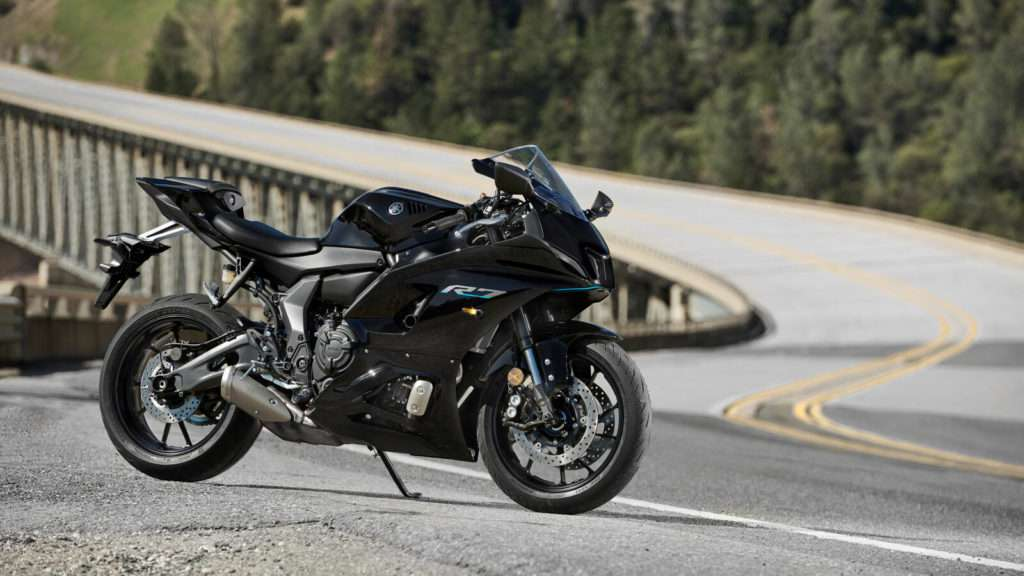 Yamaha R7 STA_001_03_preview